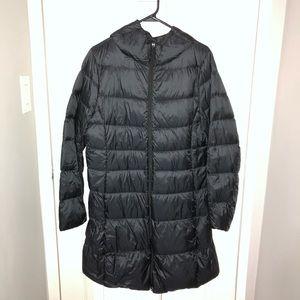 Uniqlo Ultra Light Down Hooded Puffer Coat